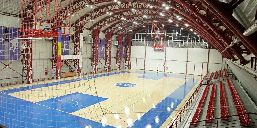 Sistem de parchet din lemn: Blejoi, Sala Sporturilor